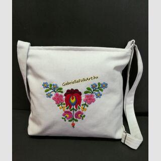 Matyó kézzel hímzett fehér táska